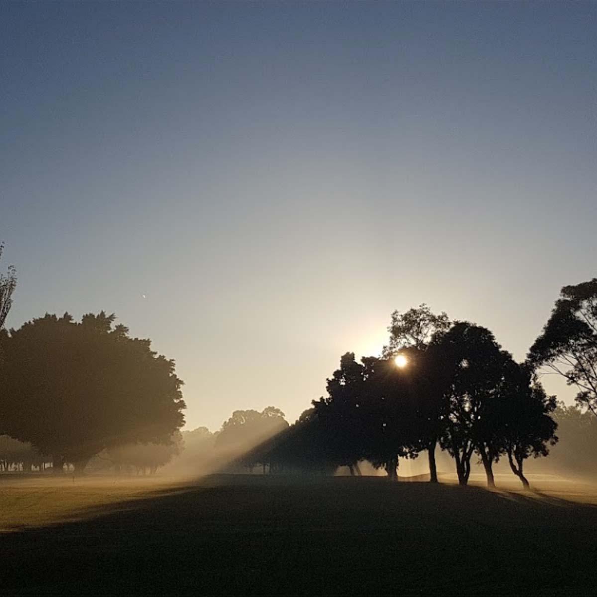 sunrise at Barnwell Park Golf Club