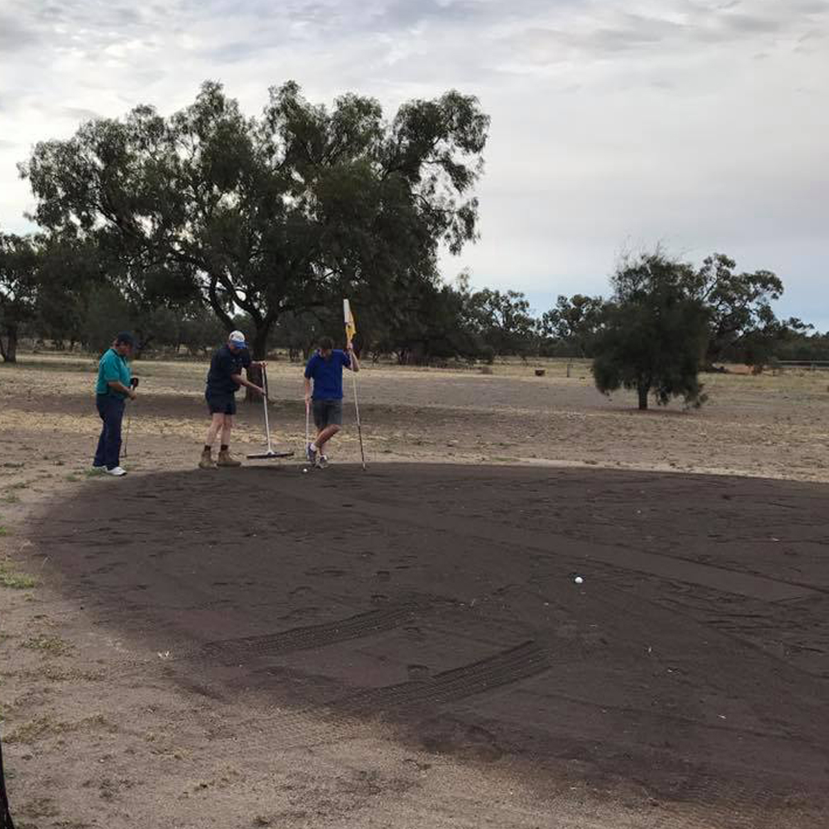 Images of the golf course at Hillston Golf Club