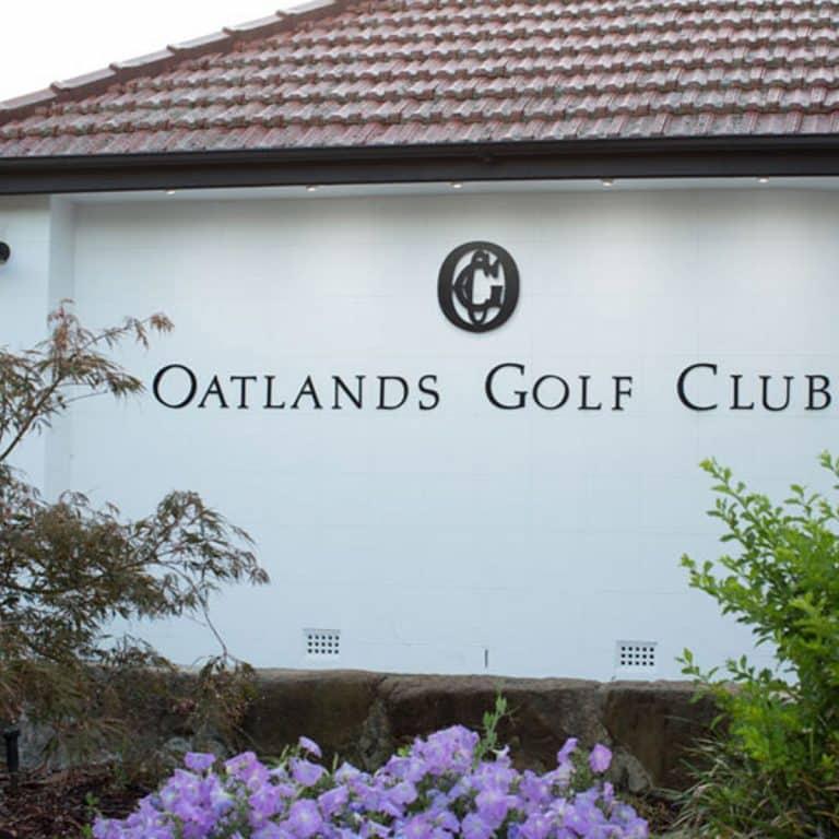 Oatlands Golf Club sign
