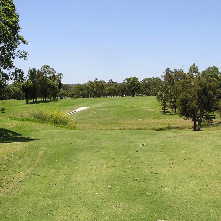 Waratah Golf Club Course2