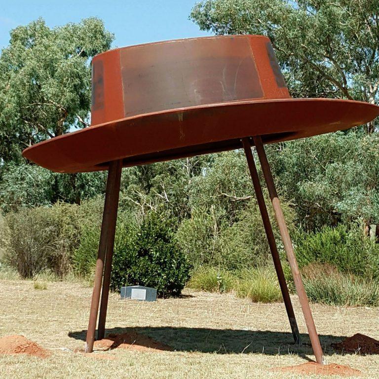 Yeoval - Big Hat