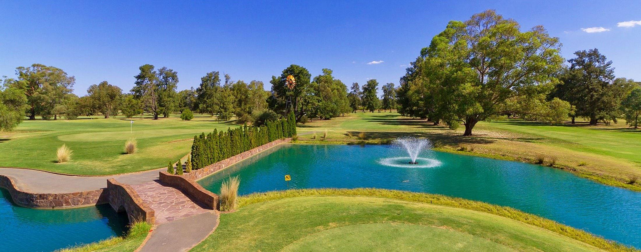 Howlong Golf Course