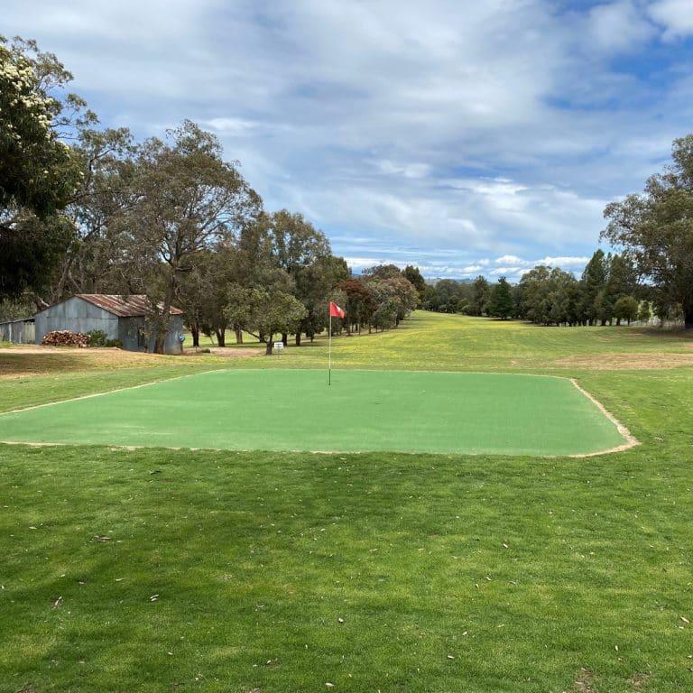 Jindera Golf and Country Club CWade3