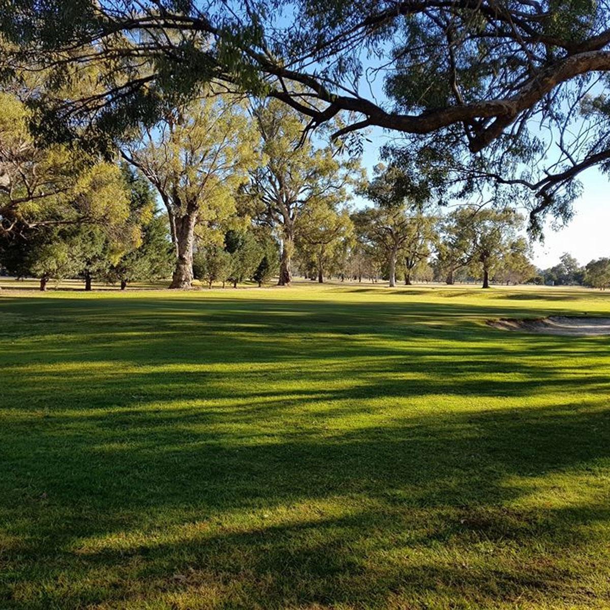 Wellington-Golf-Club-fb-2