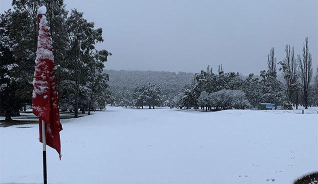 20190918 HR Goulburn golf snow supplied 006