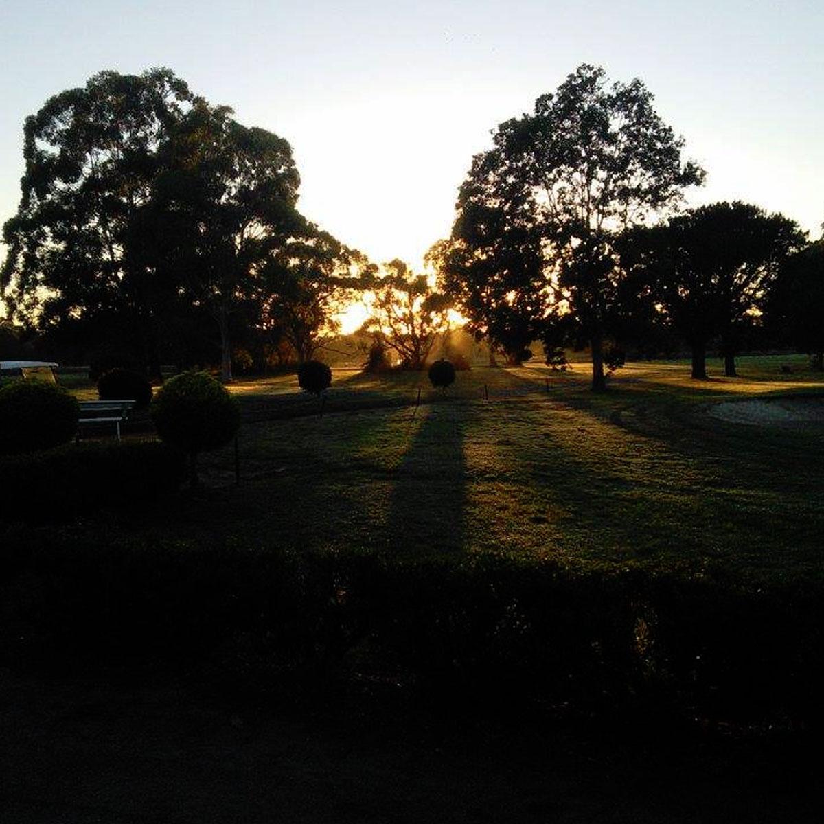 Tanilba Bay Golf Club